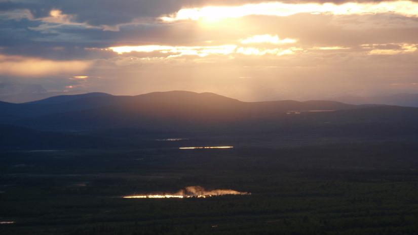 Sweden-The-Midnight-Sun