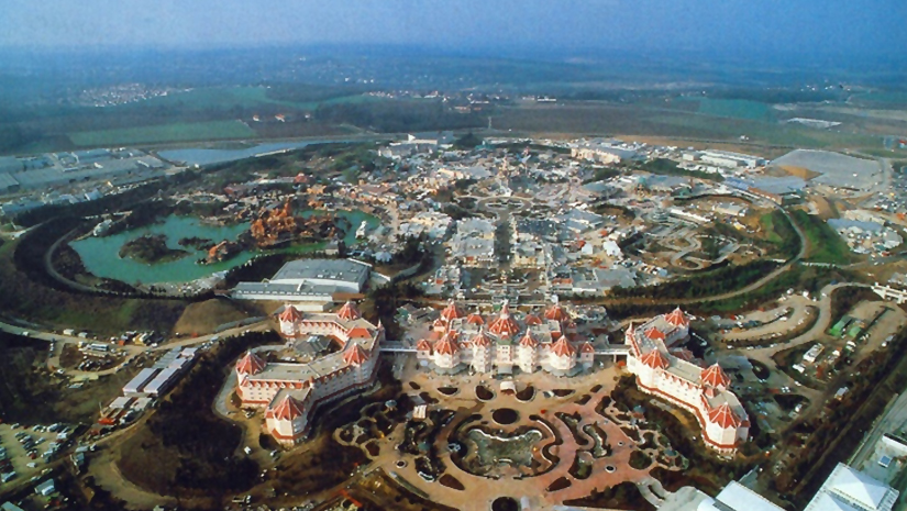 the reasons for the failure of eurodisney Disneyland paris, originally euro disney resort, is an entertainment resort in marne-la-vallée, a new town located 32 km (20 mi) east of the centre of paris, and is the most visited theme park in all of europe.