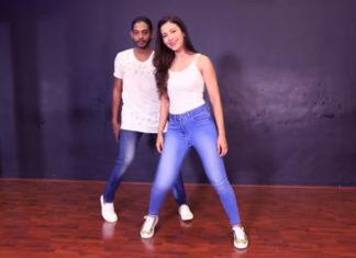 Gauhar-Khan-Aate-Jaate-Dance-Video