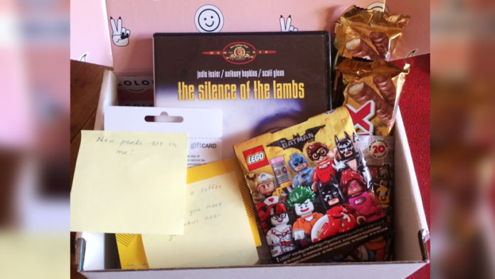 """New Zealand Is Celebrating """"Secret Santa Nationwide"""" And It Is Adorable!"""