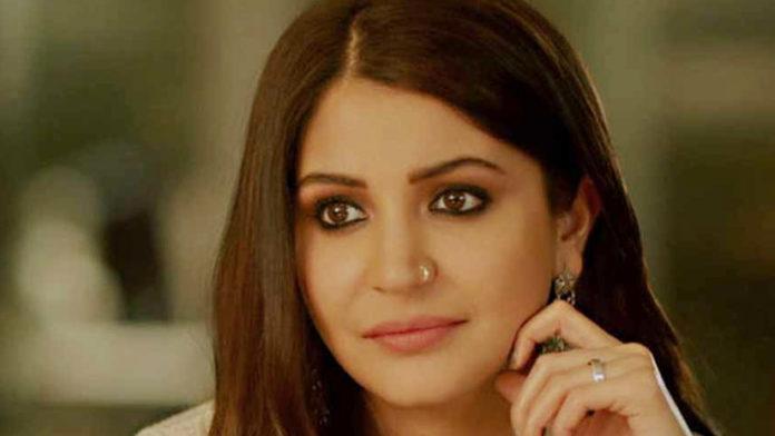 Anushka's Instagram Stories Proved That She's His Biggest Fan of Virat Kohli